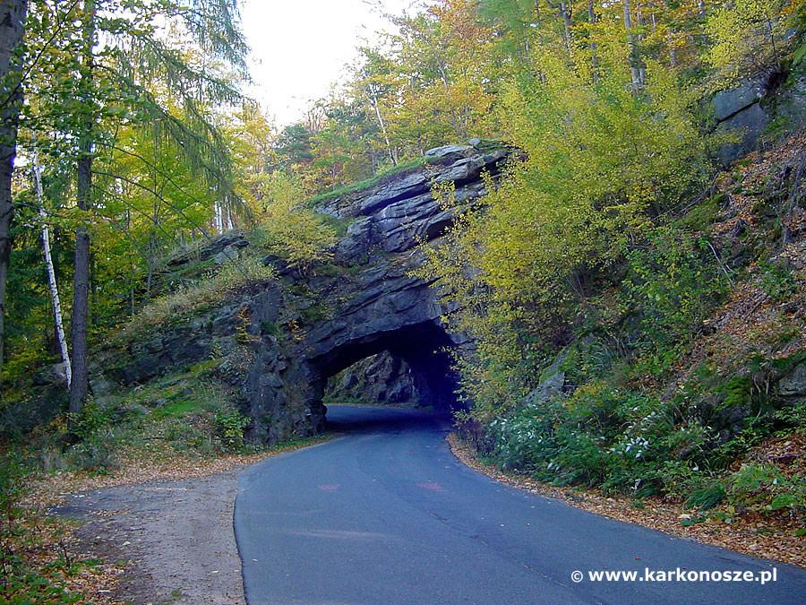 Piechowice tunel skalny